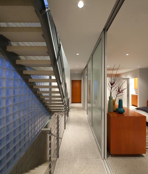 http://www.nota-architect.com/files/gimgs/11_berryman-6568x.jpg